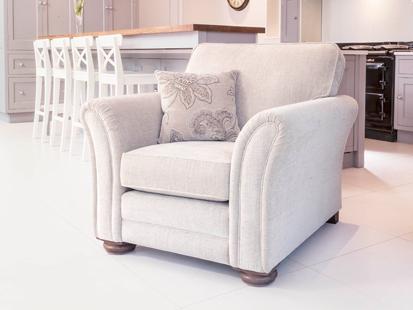Avignon4508chair st james bed centre king 39 s lynn norfolk for Furniture kings lynn
